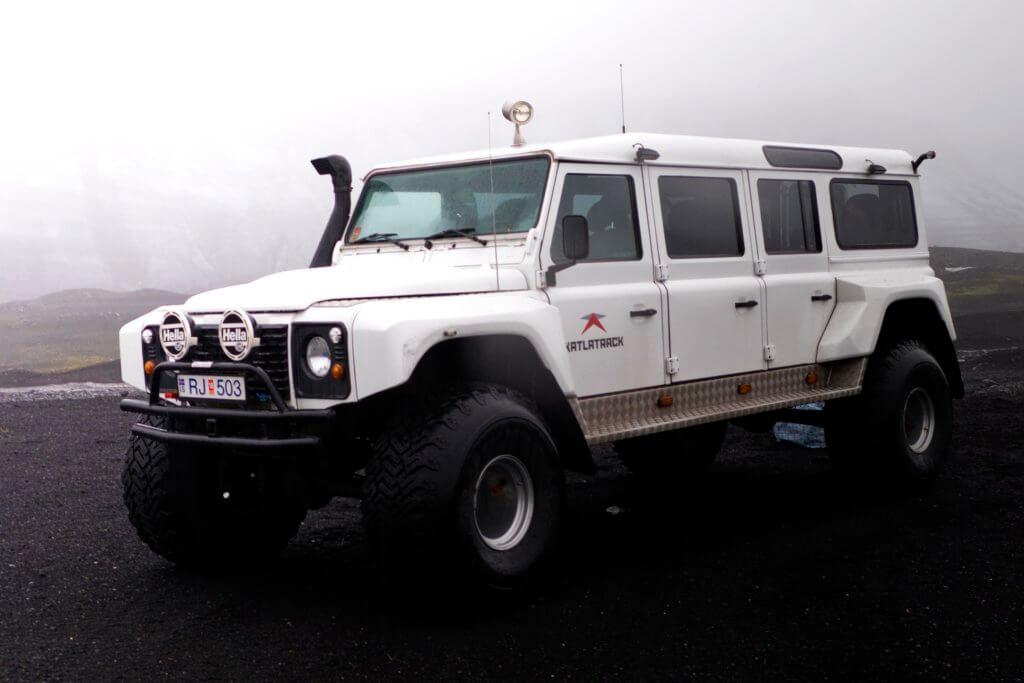 Island Gletscherhöhle Jeep