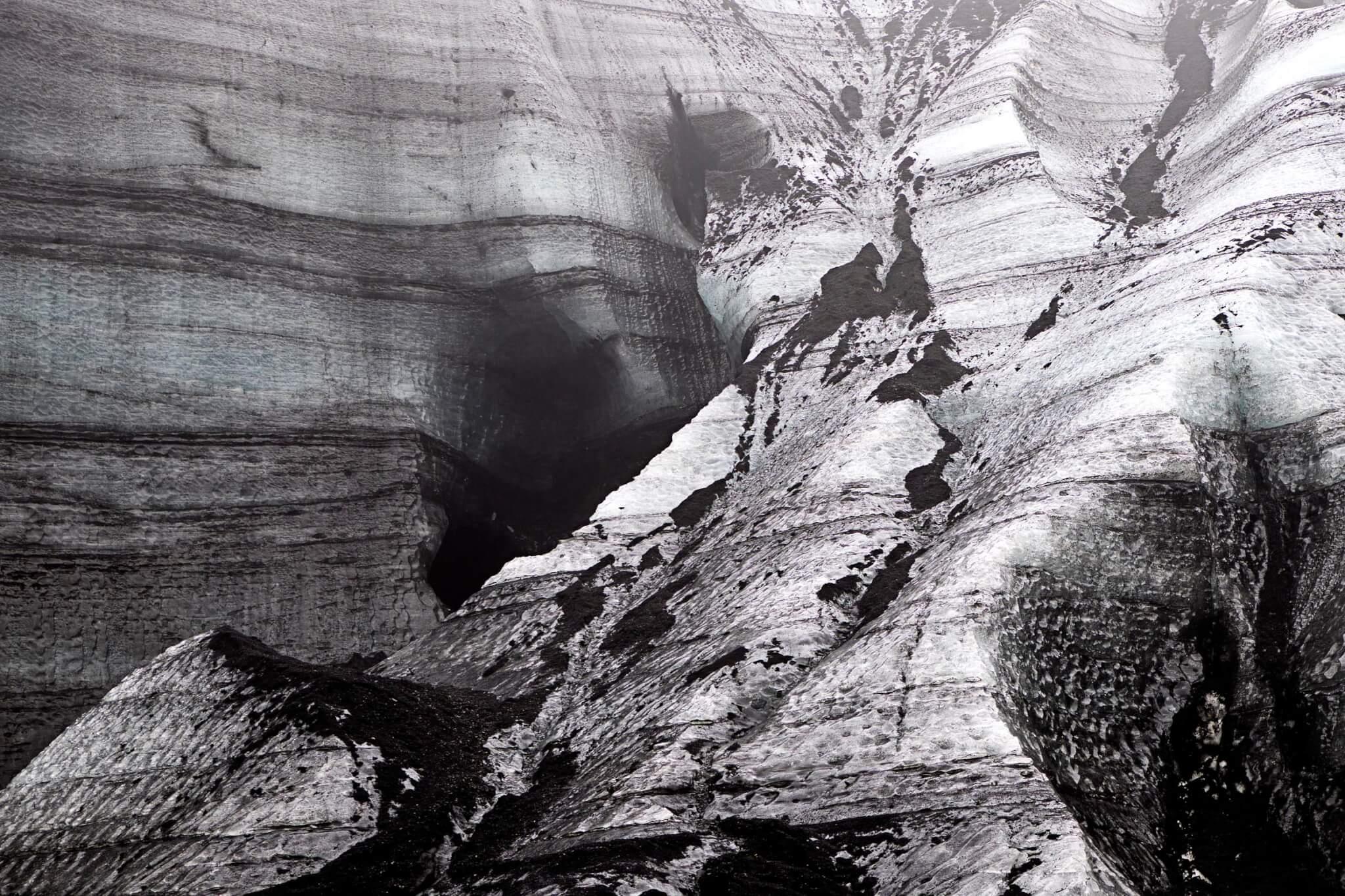Island Eishöhle Asche