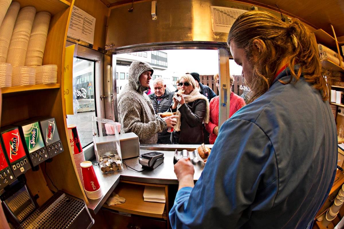 Essen Hot-Dog Stand Reyjavík